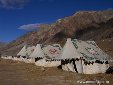 Tendes de campanya a Sarchu