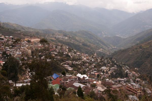 Vista de la població de Bomdila